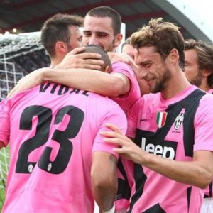 Juventus coast past 10-man Udinese